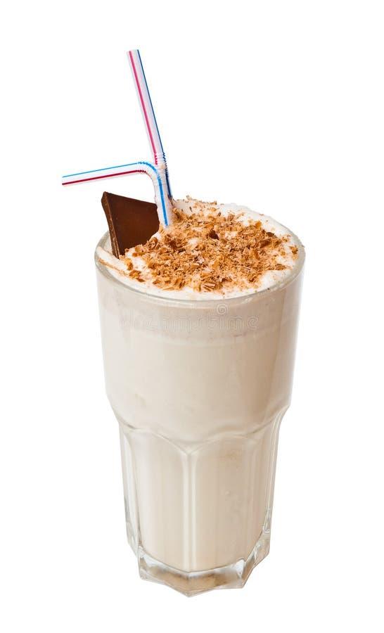 den isolerade chokladcoctailen mjölkar white royaltyfri fotografi