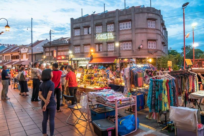 Den Jonker gatan säljer allt från smakliga foods till billiga minnessaker royaltyfri foto