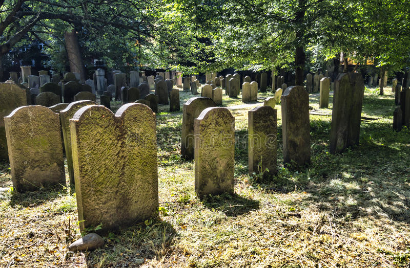 Den judiska kyrkogården i Köpenhamnen, Danmark royaltyfri bild