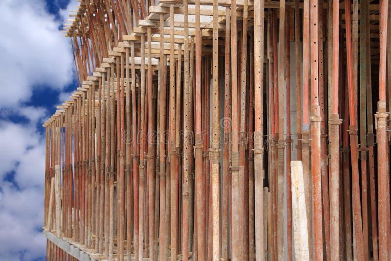 den justerbara strålen silar scaffoldslaservice royaltyfri fotografi