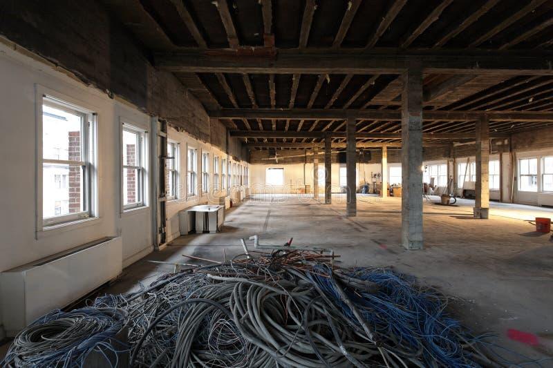 den kabel disused interioren återanvänder omdanar arkivfoto