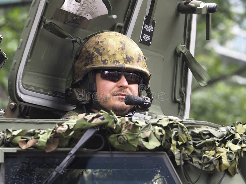 Den kanadensiska soldaten In Tank In ståtar i Edmonton Alberta arkivbilder