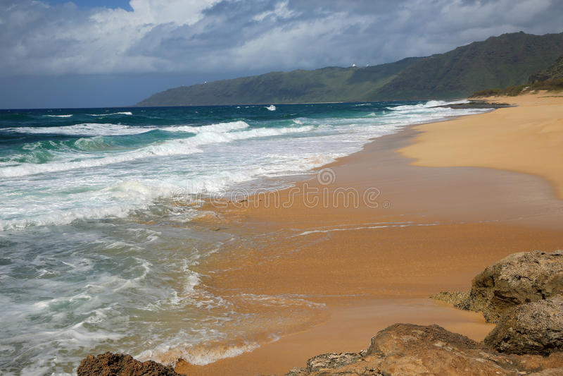 Den Keaau stranden parkerar arkivfoto