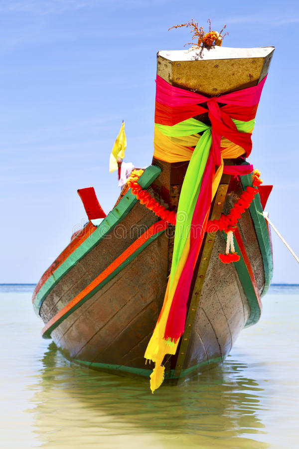 Den Kho tao fjärdön vaggar piroguen i det Thailand asia porslinhavet arkivbilder