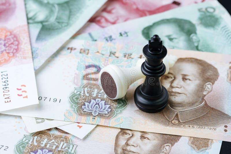 Den Kina finanstariffen handlar begreppet för krigförhandlingsamtalet, schack K royaltyfria foton