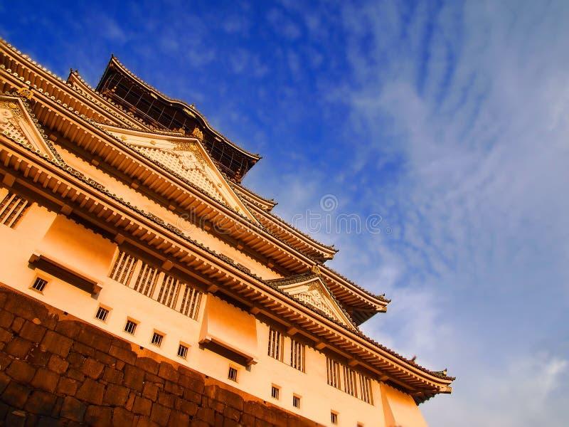 Den klassiska Osaka Castle royaltyfria foton