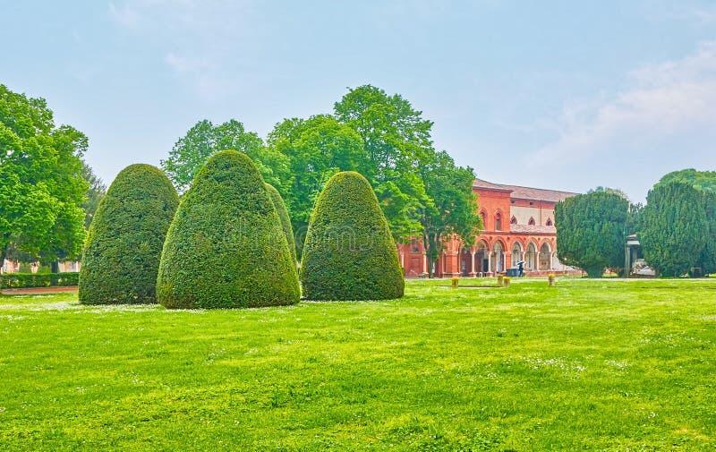 Den klippte trädgården i Ferrara, Italien royaltyfria bilder