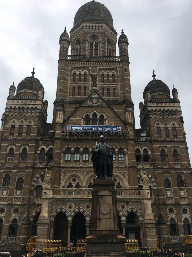 Den Kommunal Korporation byggnaden, Mumbai lokaliserade i södra Mumbai i maharashtraen, Indien är en motsatt arvbyggnad för kvali royaltyfria foton