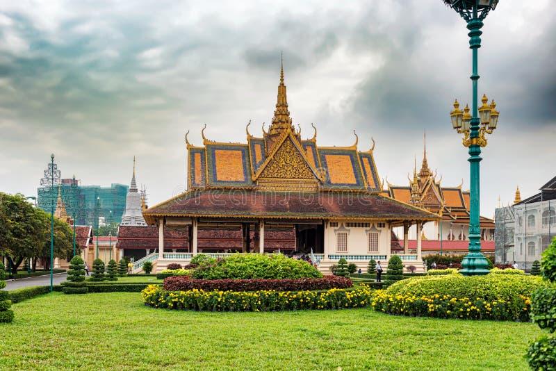 Den kungliga slotten i Phnom Penh, Cambodja arkivfoton