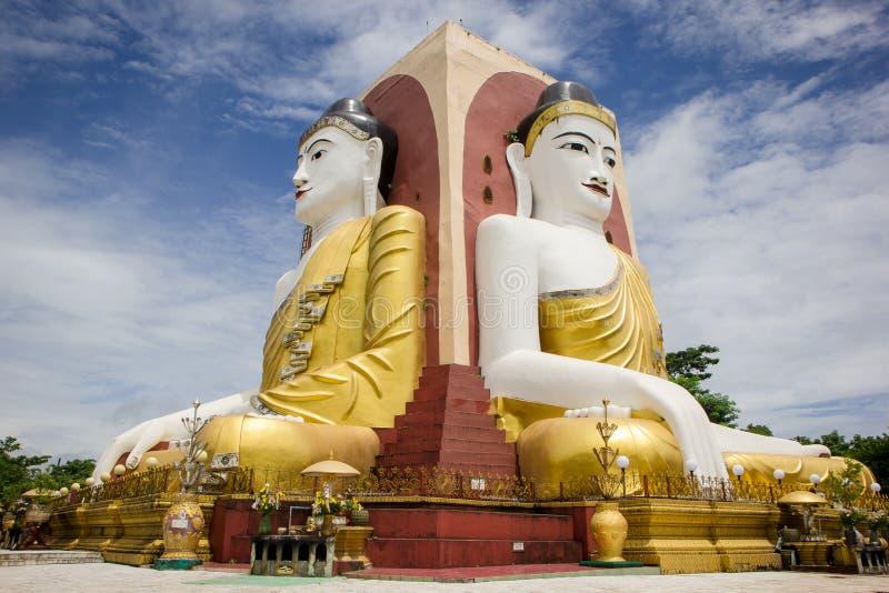 Den Kyaikpun pagoden i Myanmar royaltyfri foto