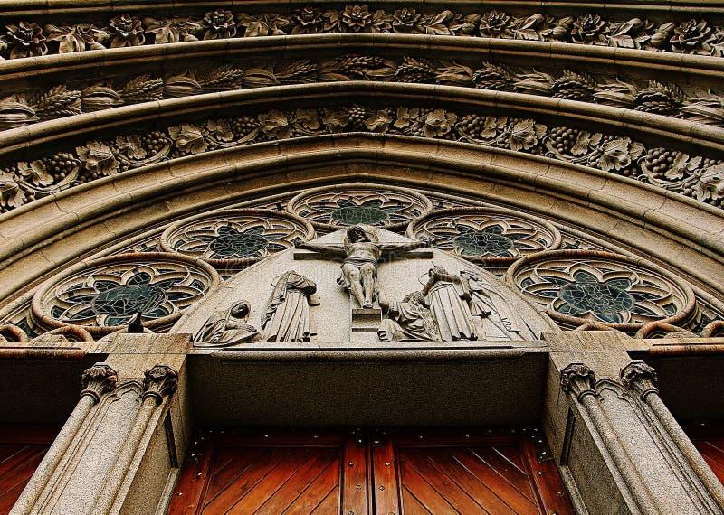 Den kyrkliga fasaden arkivbild