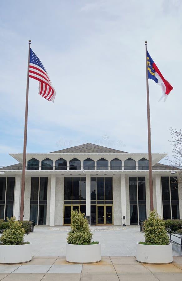 Den lagstiftnings- byggnaden i i stadens centrum Raleigh NC royaltyfri foto