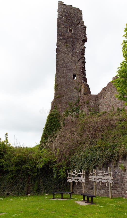 Den Laugharne slotten fördärvar Wales arkivbild