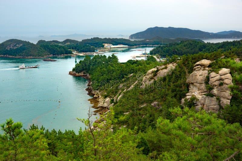 Den lilla ön nära till Wando royaltyfri bild
