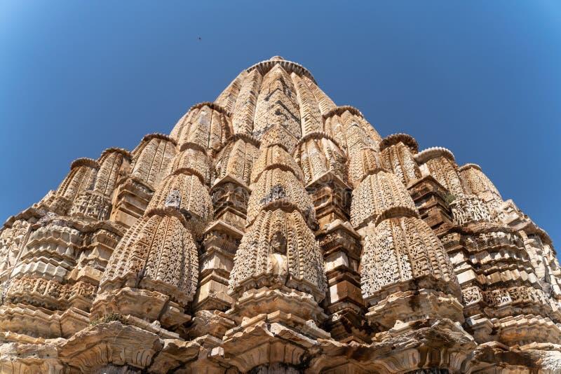 Den lilla hinduiska templet i Indien royaltyfri foto