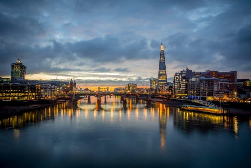 Den london horisonten royaltyfria foton