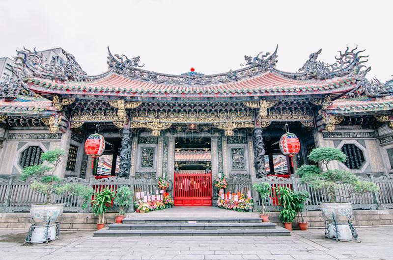 Den Longshan templet är den mest välkända templet i Taiwan, gränsmärketemplet daterar från 1738 arkivbild