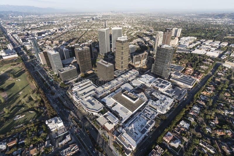 Den Los Angeles århundradestaden står högt antennen arkivfoto