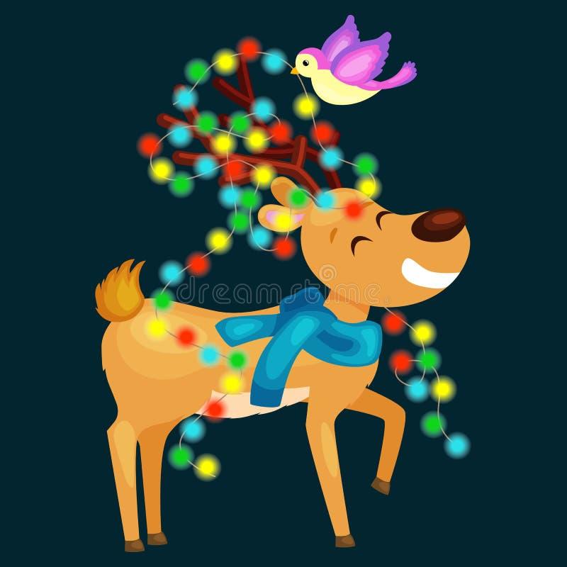 Den lyckliga le renen på helgdagsaftonen av ljus för det nya året och juli hornen med garneringar gillar en julgran stock illustrationer