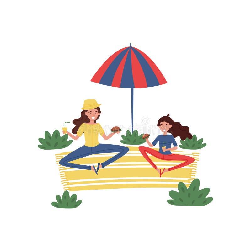 Den lyckliga modern och hennes dottern som har picknicken på, parkerar Kvinna- och flickasammanträde på matta under paraplyet Pla stock illustrationer