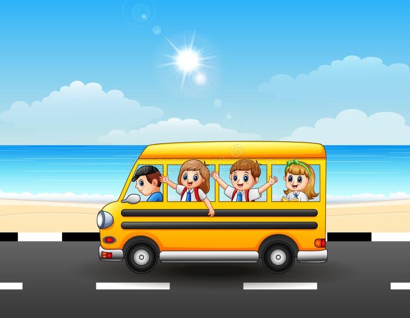 Den lyckliga skolan lurar att rida en skolbuss på sjösidagatan vektor illustrationer