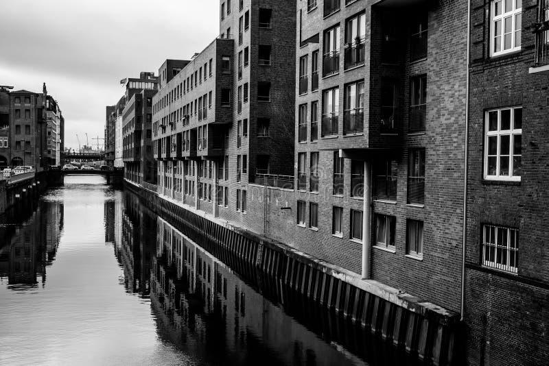 Den mörka kanalen arkivfoton
