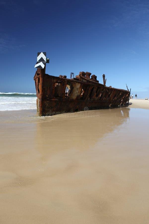 Den Maheno skeppsbrottet, Fraser Island, Queensland, Australien royaltyfri foto