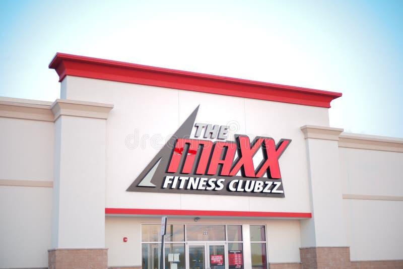 Den Maxx Fitness Clubzz framdelen royaltyfri fotografi