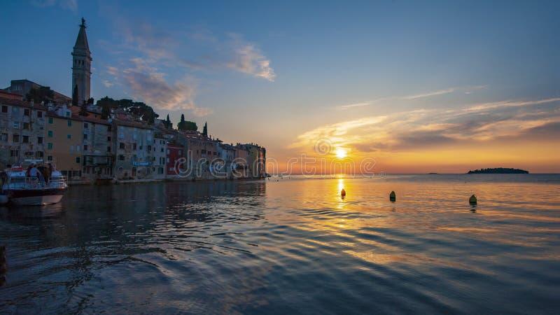 'Den mest härliga solnedgången 'Rovinj royaltyfri fotografi