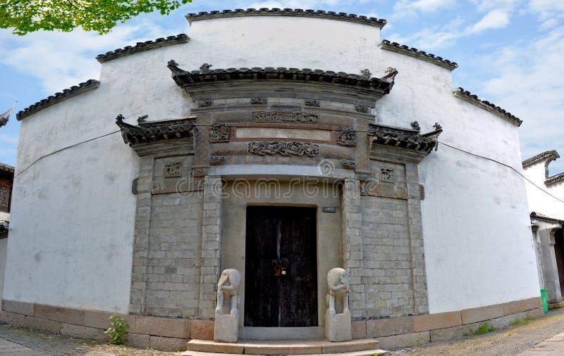 Den mest klassiska Jiangnan karakteristiska byggnaden royaltyfria bilder