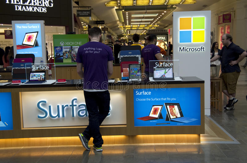 Den Microsoft galleriakiosket shoppar royaltyfria bilder