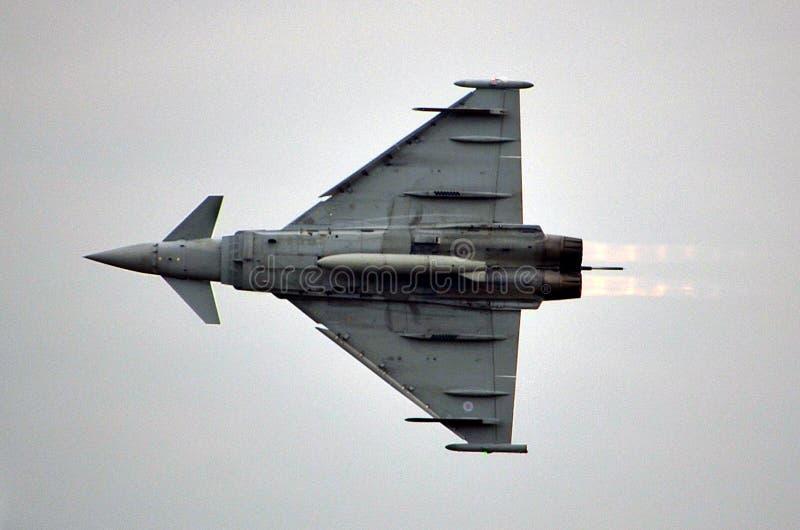 Den militära jaktflygplanet, ordnar till för tar av arkivfoto