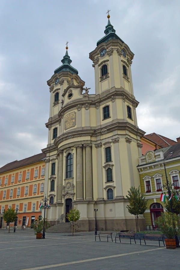 Den Minorite kyrkan, Eger, Ungern fotografering för bildbyråer