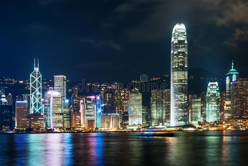 Den moderna byggnaden av Hong Kong den finansiella mitten royaltyfri fotografi