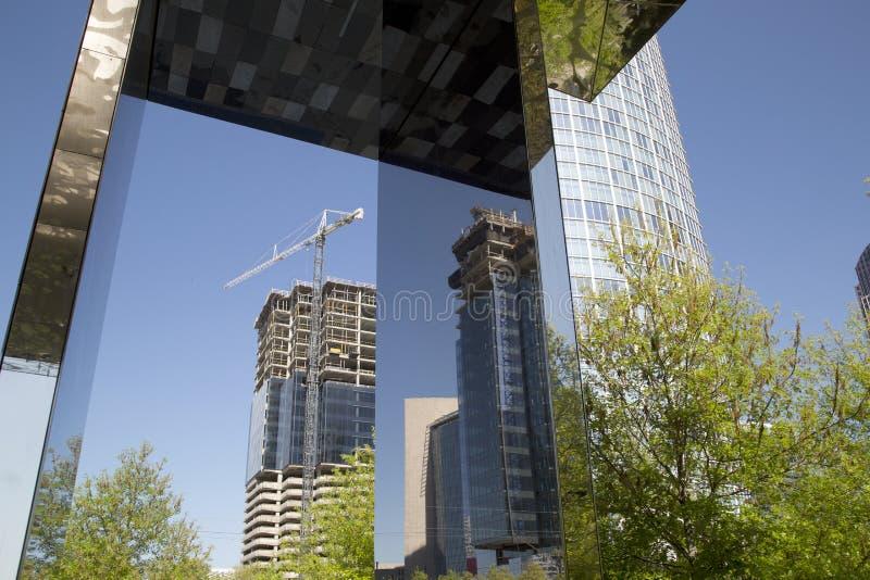 Den moderna staden Dallas för utveckling royaltyfria bilder