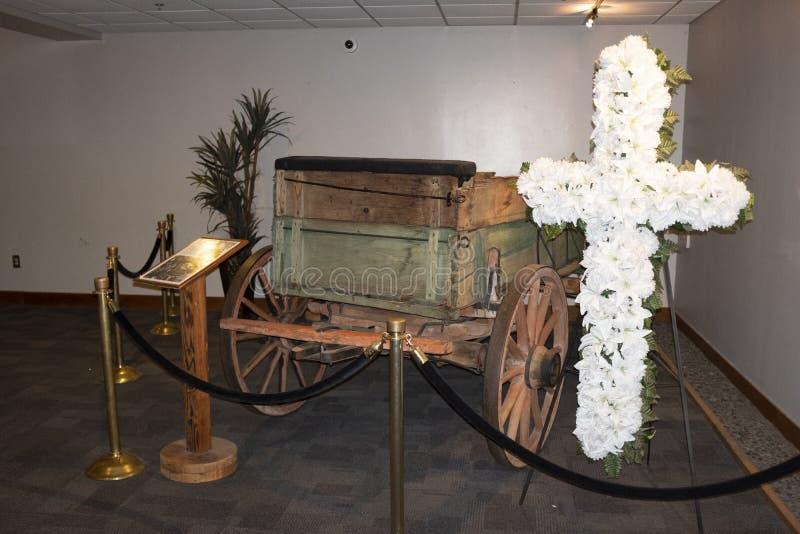 Den 2 mula-lag vagnen som anv?nds som en caisson f?r Dr martin f?r jrkonungluther minnesm?rke ?begravnings- procession f?r s royaltyfria bilder