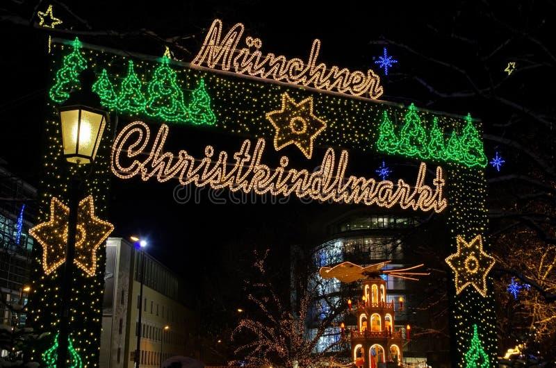 Den Munich julen marknadsför royaltyfria foton
