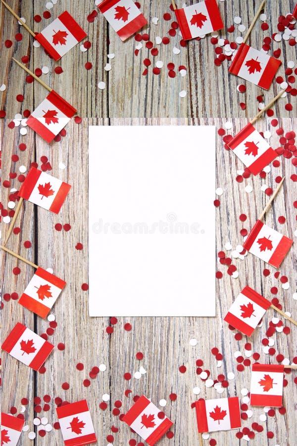 Den nationella ferien av Juli 1 - lycklig Kanada dag, herrav?ldedag, begreppet av patriotism, sj?lvst?ndighet och minne, ett st?l arkivbild