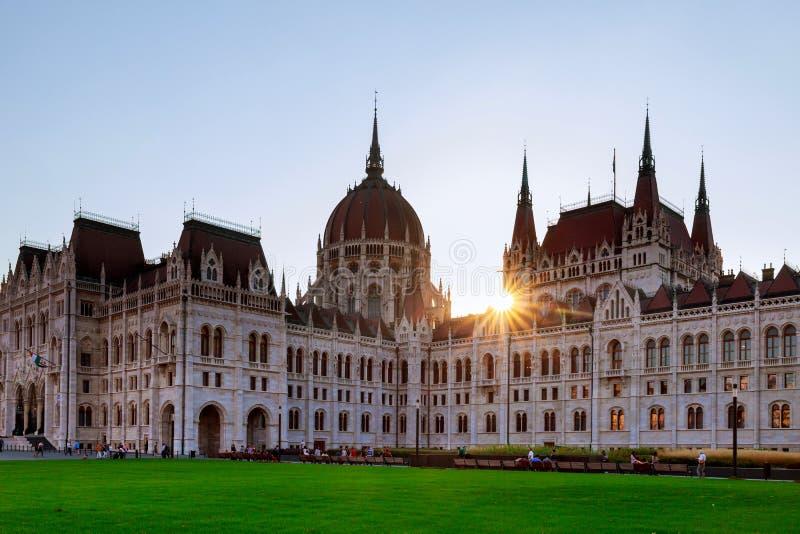 Den nationella gamla parlamentet i Budapest ungrare royaltyfri bild