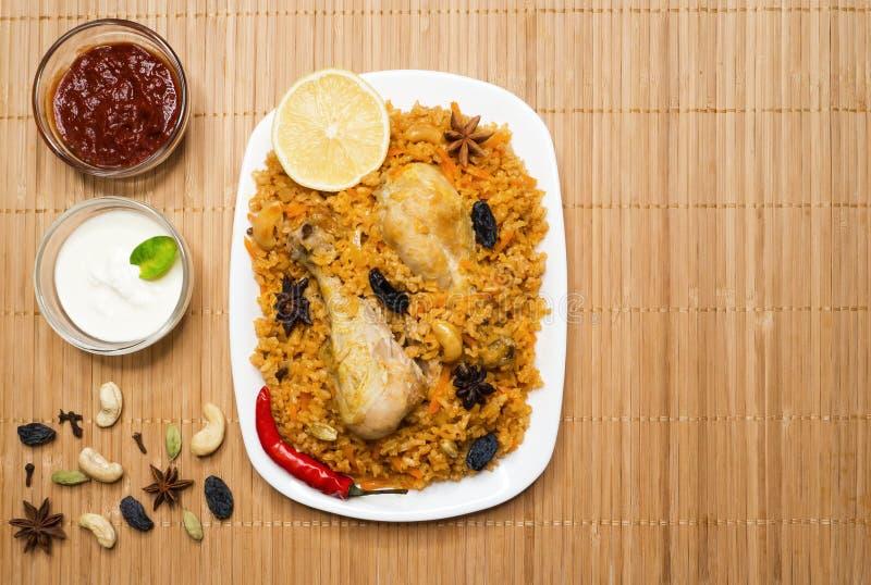 Den nationella maträtten av Saudiarabien är Kabsa Fahm royaltyfri bild