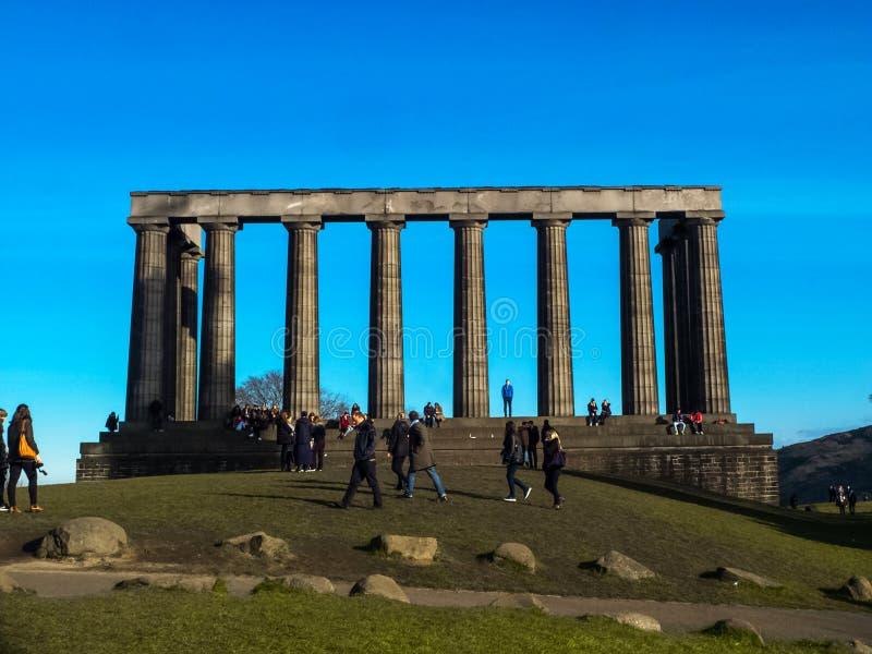 Den nationella monumentet i den centrala Edinburg Skottland Britannien UK Europa för Calton kulle arkivfoto