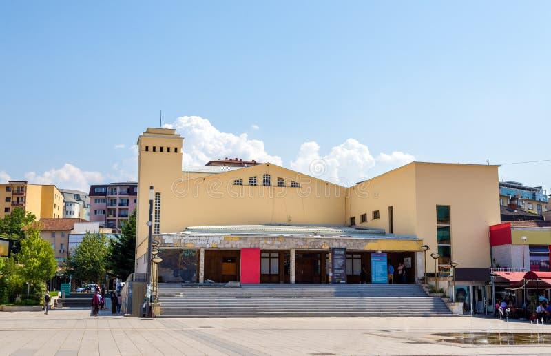 Den nationella teatern av Kosovo royaltyfri foto