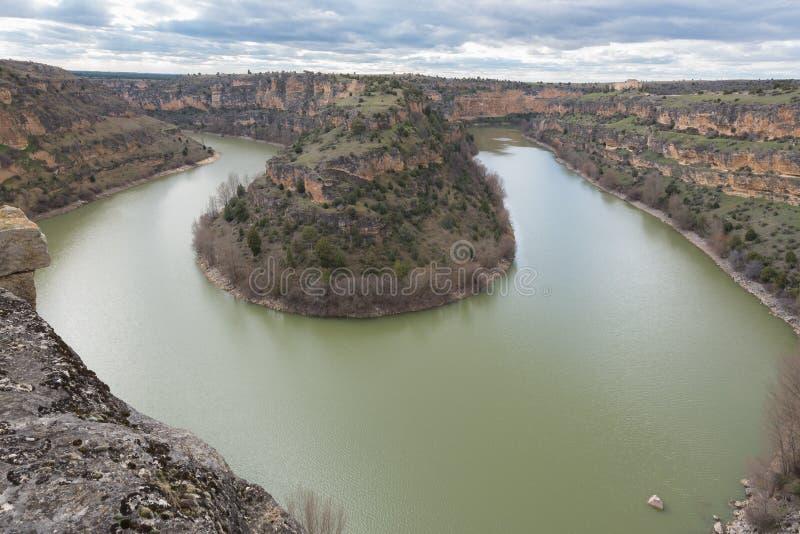 Den naturliga Duraton kanjonen parkerar i Segovia, Spanien royaltyfri fotografi