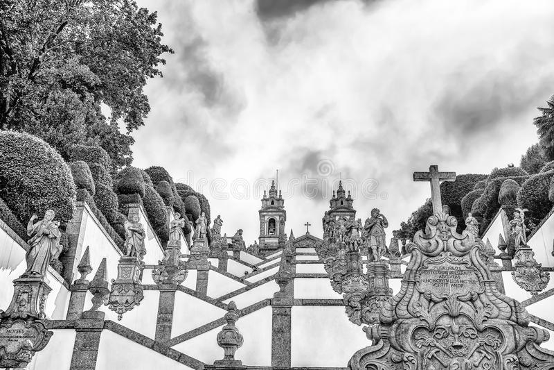 Den neoclassical basilikan av Bom Jesus gör den Monte/Church/religionen/faithfuls/Braga/Portugal royaltyfria bilder