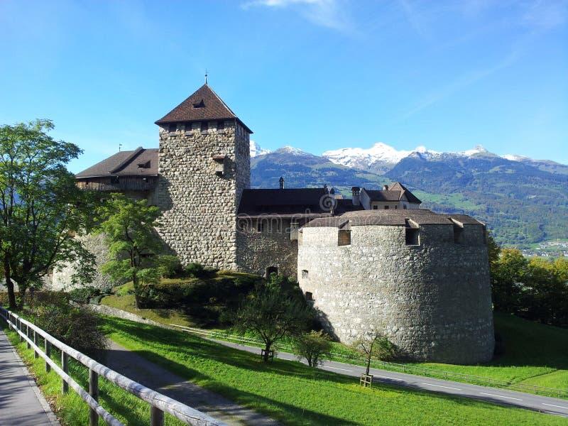 Den Neuschwanstein slotten är storartad och majestätisk arkivbild