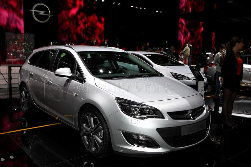 Den nya Opel Astra arkivfoton