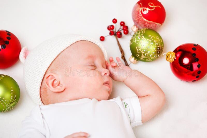 Den nyfödda julen behandla som ett barn arkivbilder
