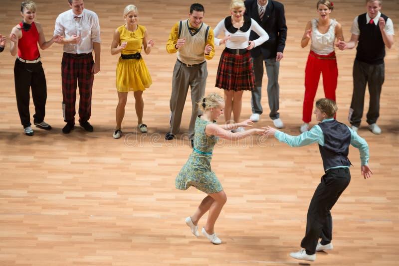 Den Orld Mästerskapet På Akrobatiskt Vaggar - Och - Rullar, Och Världen Styr Boogie-woogie Redaktionell Arkivbild
