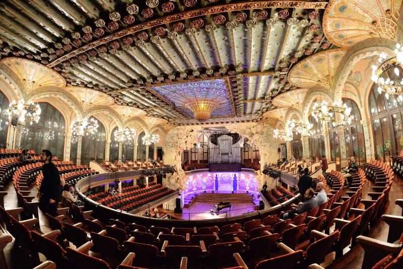 Den Palau de la Musica Catalana slotten av Catalan musik en konserthall som planläggs i den Catalan modernistastilen arkivbilder