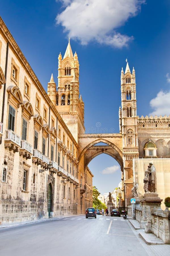 Den Palermo domkyrkan är Roman Catholic Archdiocese av Palermo, Ital arkivfoto